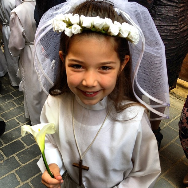 maia communion 2