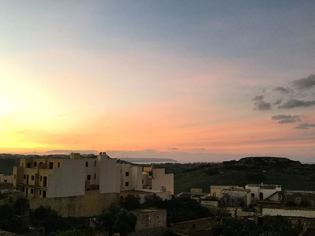sunrise-over-gozo